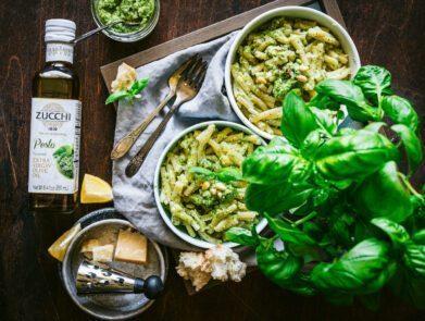 broccoli pesto pasta - zucchi